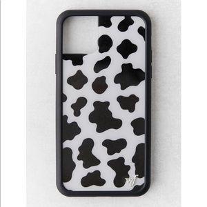 wildflower cow phone case